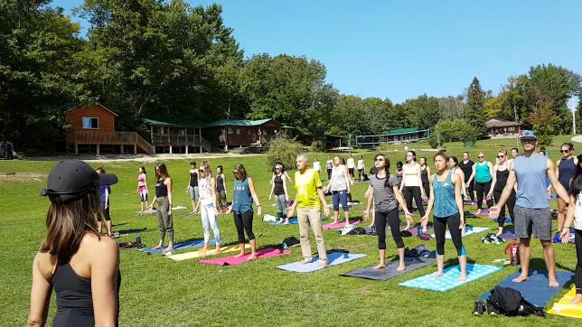 camp-yoga-2017.png